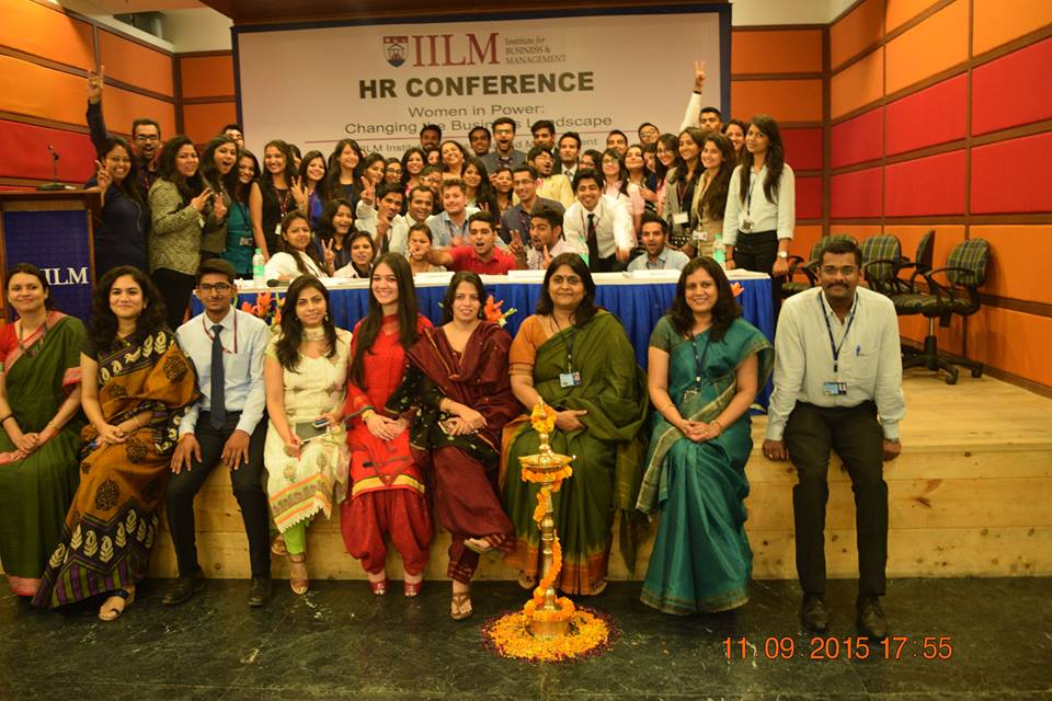 Group Photograph-IILM faculty and Student celebrating event success