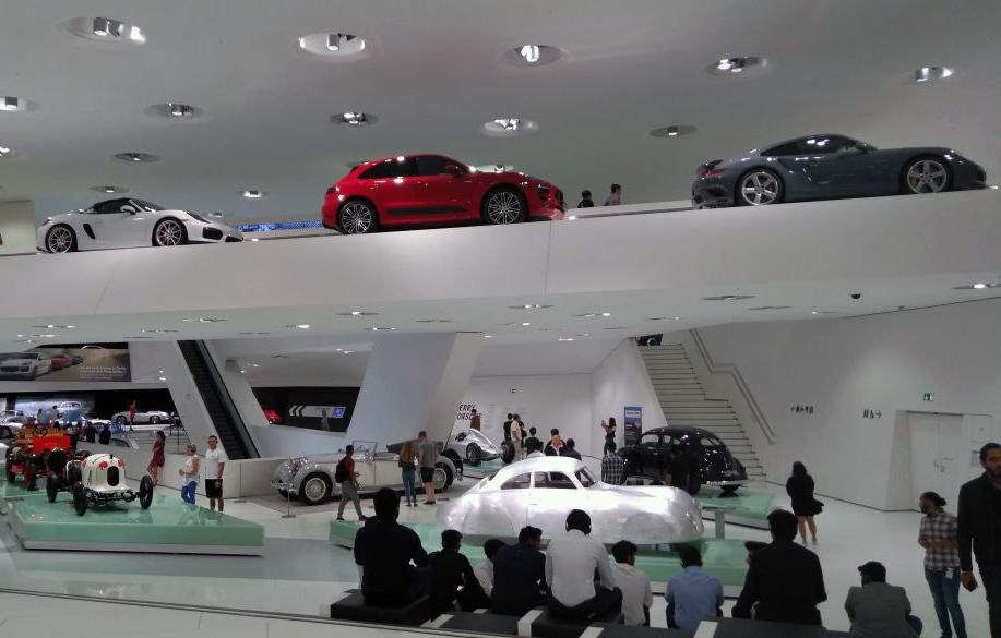 IILM BBA Global Study Program-Porsche1