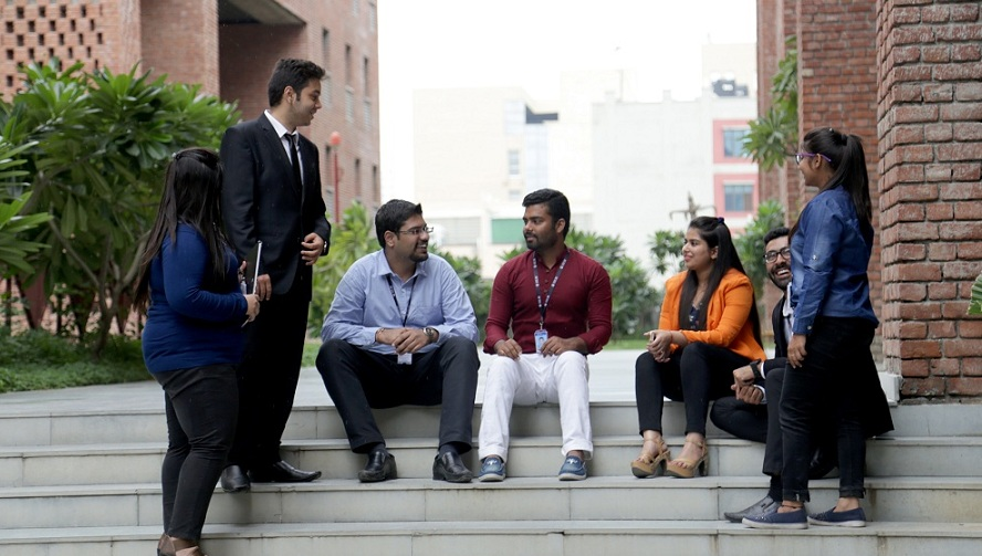 top 10 MBA colleges in India, b-school, IILM